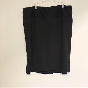 Lane Bryant  Black Pencil Skirt back slit 18